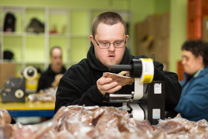 Supported worker labelling products